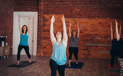 Best 4 Yoga Poses to Reduce Stiffness & Increase Flexibility